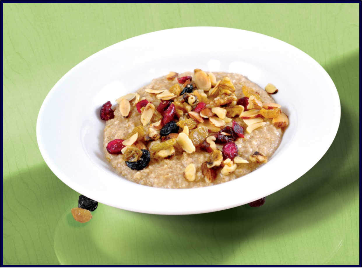 Oatmeal with Fruit - Complete Fitness